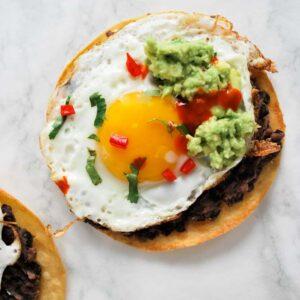 easy-breakfast-tostadas